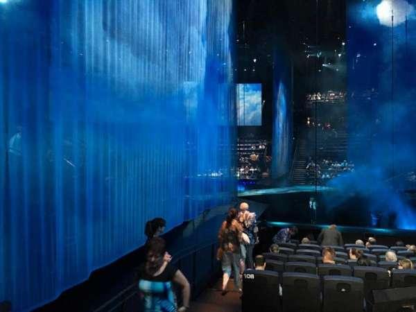Love Theatre - The Mirage, vak: 208, rij: N