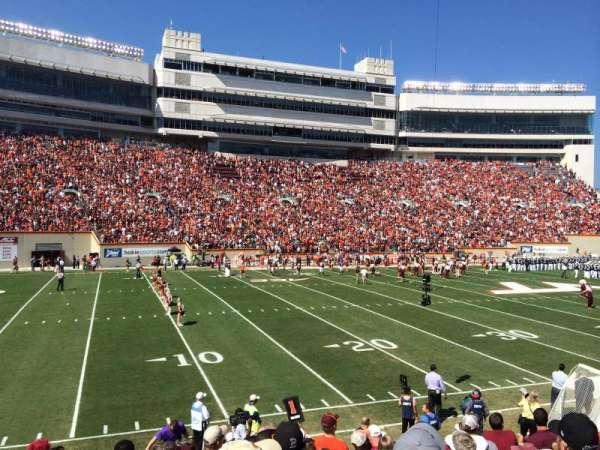 Lane Stadium, vak: 17, rij: W, stoel: 10
