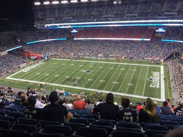 Gillette Stadium, vak: 328, rij: 22, stoel: 9