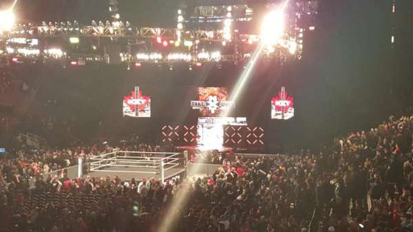 Scotiabank Arena, vak: 104, rij: 19, stoel: 15