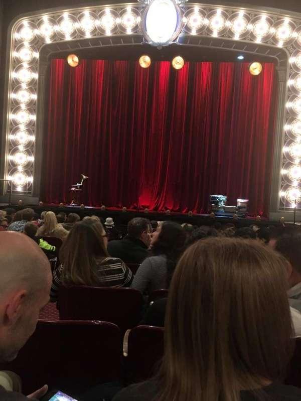Palace Theatre (Broadway), vak: Orchestra, rij: M, stoel: 104