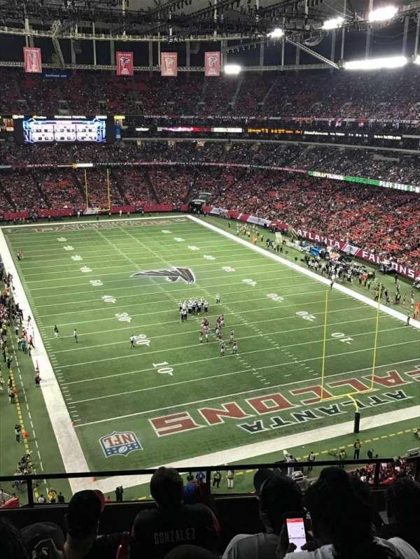 Georgia Dome, vak: 311, rij: 5, stoel: 2