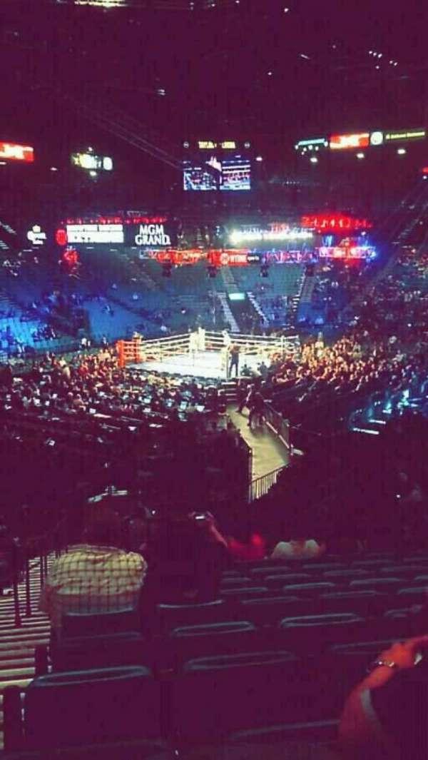 MGM Grand Garden Arena, vak: 19, rij: X, stoel: 20