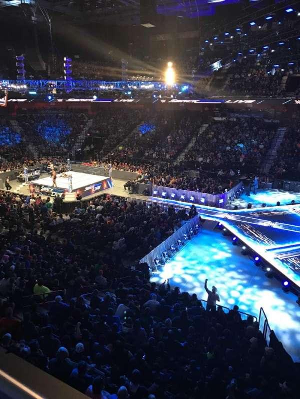 Mohegan Sun Arena, vak: 105, rij: A, stoel: 3