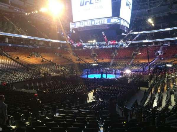 Scotiabank Arena, vak: 112, rij: 16, stoel: 12