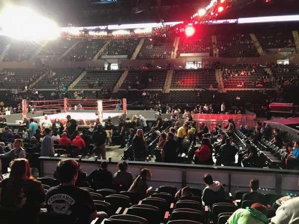 Nassau Veterans Memorial Coliseum, vak: 2, rij: 7, stoel: 5