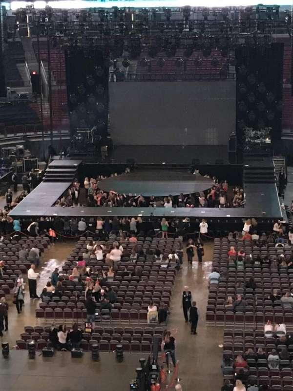Value City Arena, vak: 330, rij: A, stoel: 12