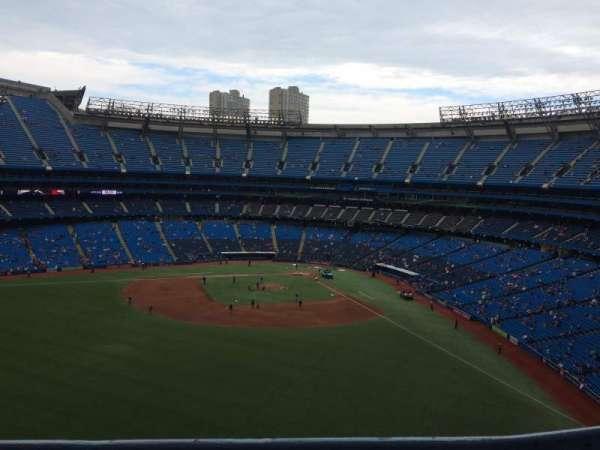 Rogers Centre, vak: 543L, rij: 1, stoel: 102