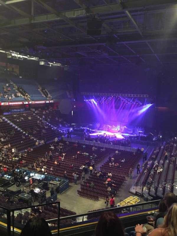 Mohegan Sun Arena, vak: 110, rij: F, stoel: 14