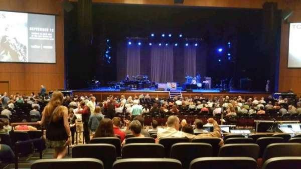 The Theater at MGM National Harbor, vak: 103, rij: J, stoel: 20