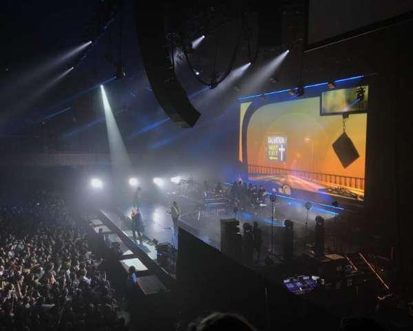 Bill Graham Civic Auditorium, vak: 210, rij: B, stoel: 6