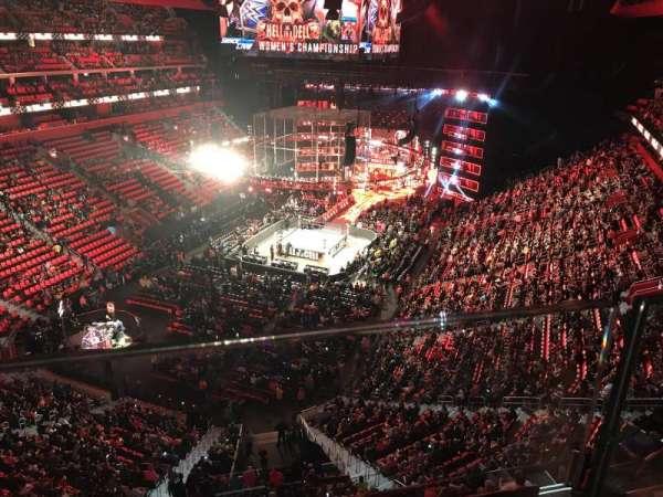 Little Caesars Arena, vak: 217, rij: 1, stoel: 6