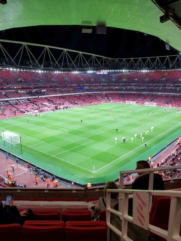 Emirates Stadium, vak: 119, rij: 8, stoel: 779