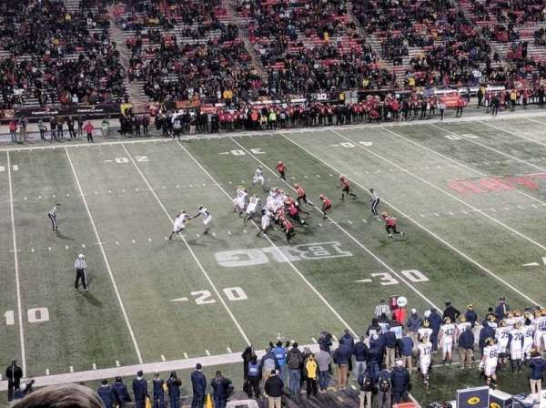 Maryland Stadium, vak: 203, rij: c, stoel: 19