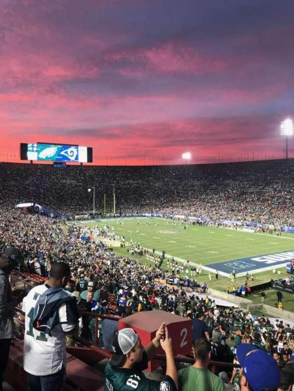 Los Angeles Memorial Coliseum, vak: 2H, rij: 53, stoel: 107
