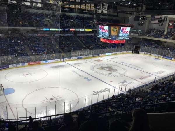Mohegan Sun Arena at Casey Plaza, vak: 207, rij: F, stoel: 6
