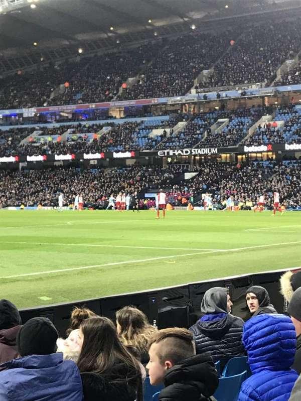 Etihad Stadium (Manchester), vak: East, rij: 140