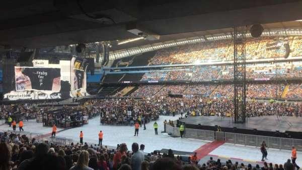 Etihad Stadium (Manchester), vak: 122, rij: CC