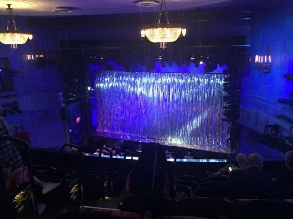 Hayes Theater, vak: Mezzanine R, rij: G, stoel: 2