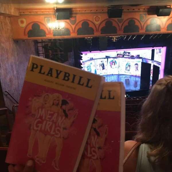 August Wilson Theatre, vak: MezzL, rij: Q, stoel: 17,19