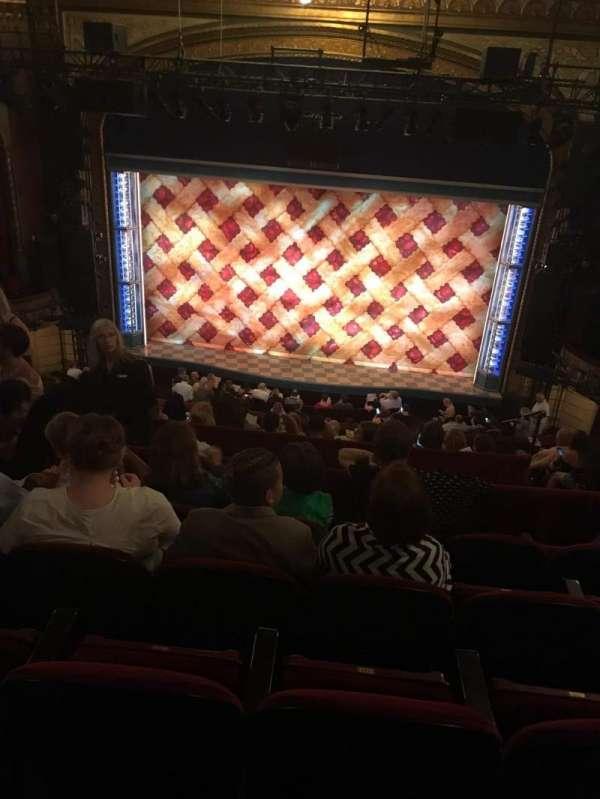 Brooks Atkinson Theatre, vak: Mezzanine, rij: J, stoel: 111