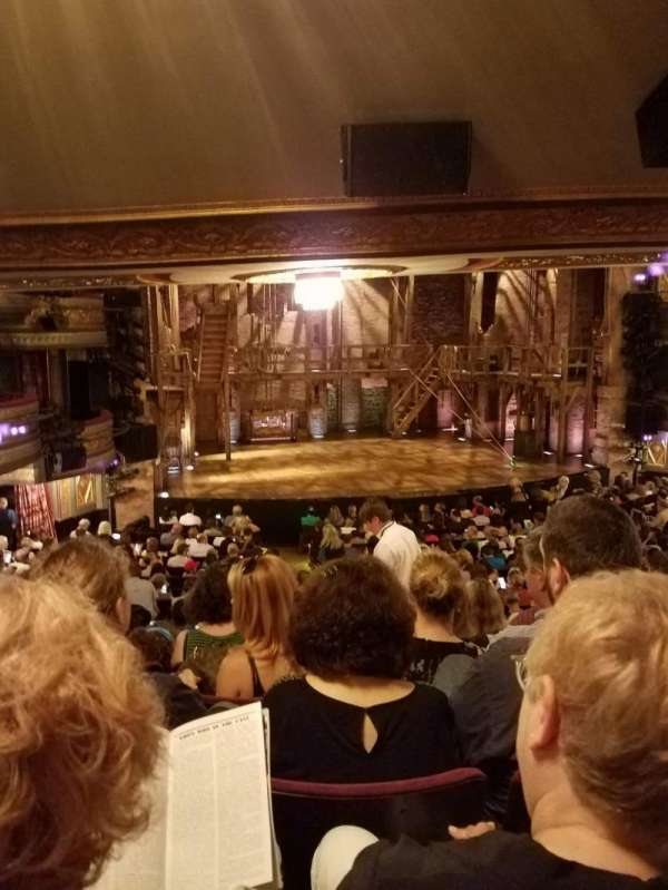 Richard Rodgers Theatre, vak: Orchestra Left, rij: T, stoel: 9