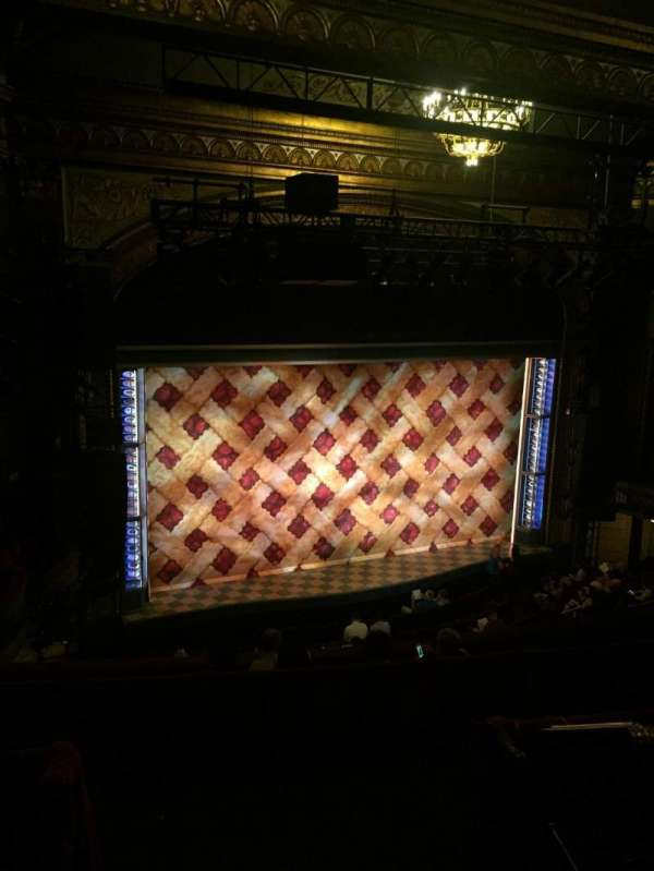 Brooks Atkinson Theatre, vak: Left Mezzanine, rij: G, stoel: 5