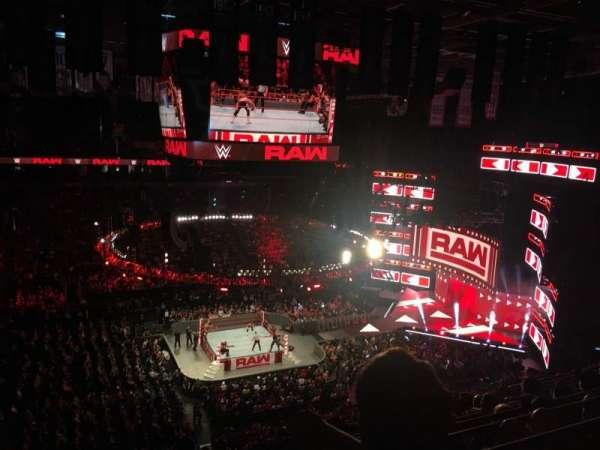 Scotiabank Arena, vak: 323, rij: 9, stoel: 13