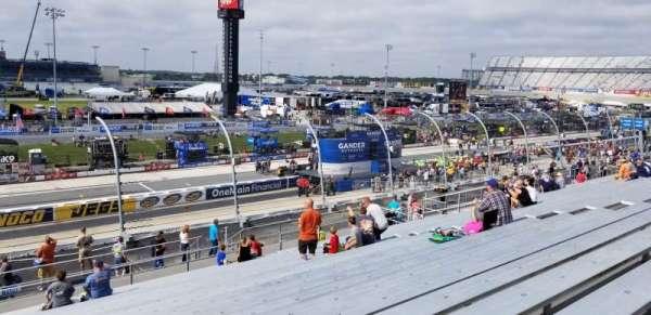 Dover International Speedway, vak: 104, rij: 25, stoel: 18