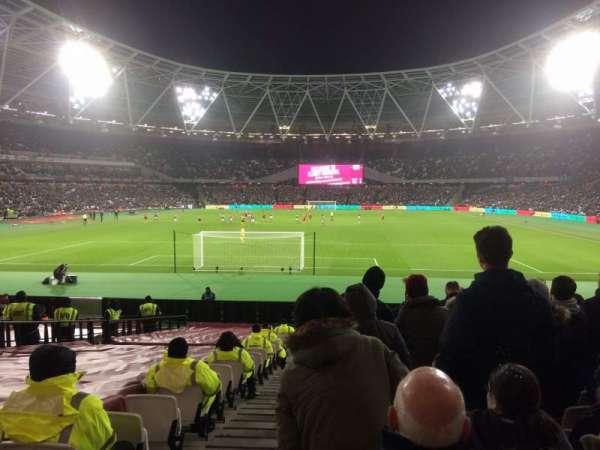 London Stadium, vak: 124, rij: 22, stoel: 519