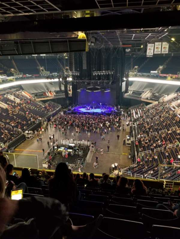 Talking Stick Resort Arena, vak: 210, rij: 12, stoel: 5