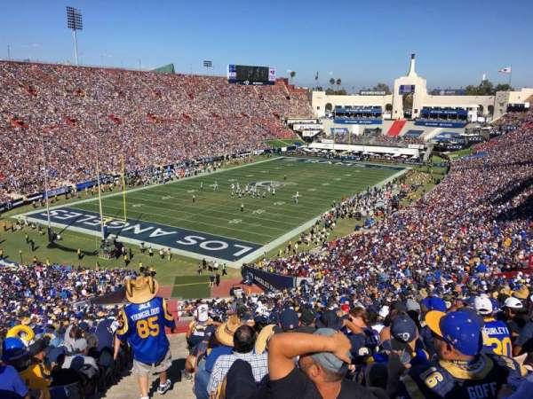 Los Angeles Memorial Coliseum, vak: 11L, rij: 38, stoel: 7