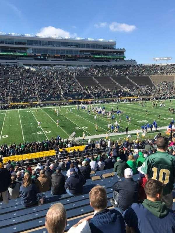 Notre Dame Stadium, vak: 12, rij: 44, stoel: 25
