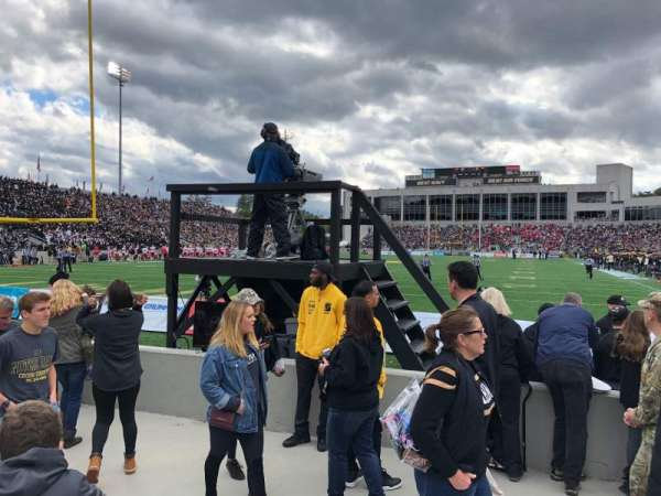 Michie Stadium, vak: 20, rij: E, stoel: 7and8