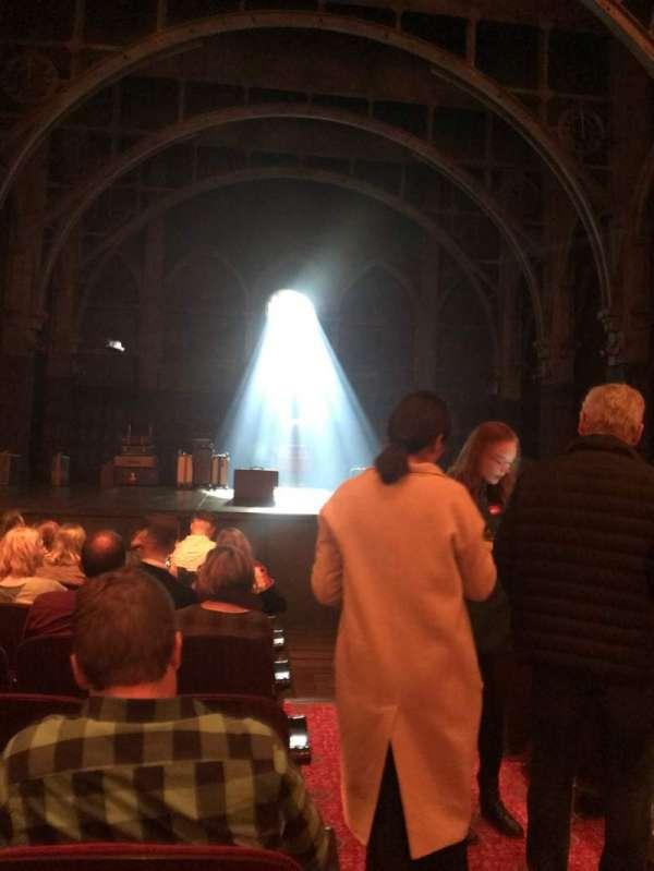 Lyric Theatre, vak: Orchestra L, rij: H, stoel: 1