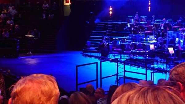 Royal Albert Hall, vak: Stalls M, rij: 8, stoel: 130