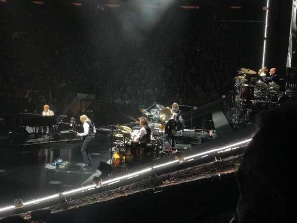 Madison Square Garden, vak: 109, rij: 7, stoel: 14