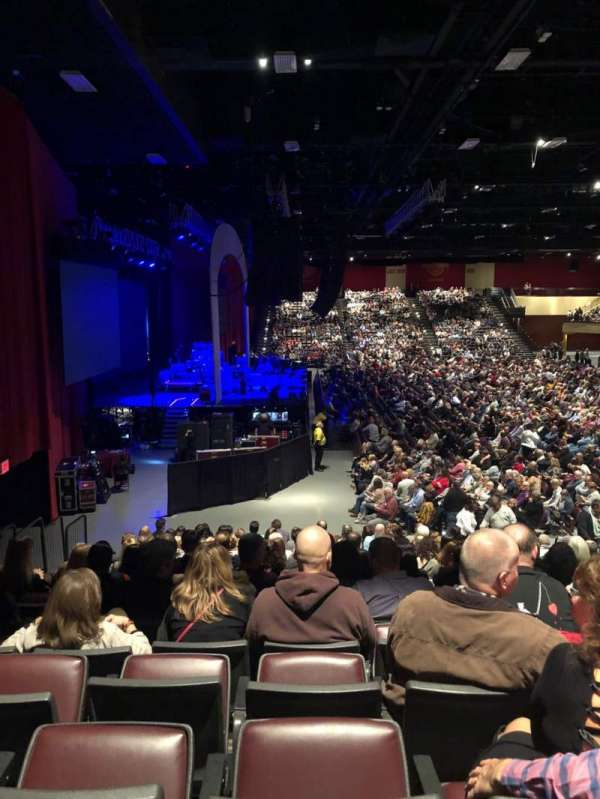 Hard Rock Live at Etess Arena, vak: 214, rij: P, stoel: 8