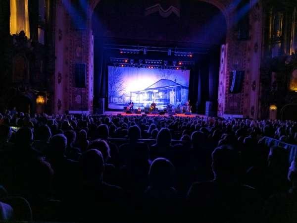 Midland Theatre, vak: 102, rij: 26, stoel: 24