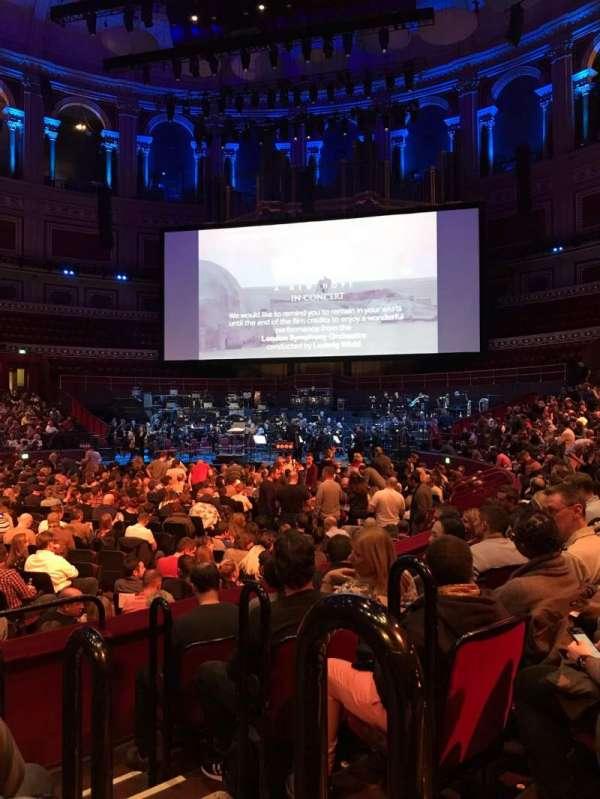 Royal Albert Hall, vak: L, rij: 5, stoel: 85