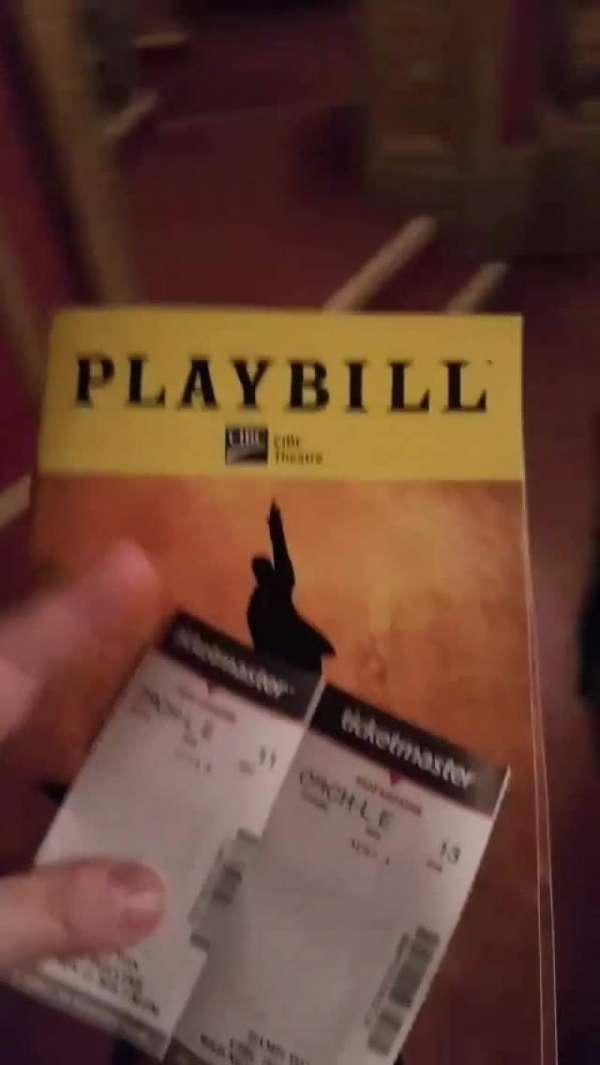 CIBC Theatre, vak: Orchestra Left, rij: E, stoel: 13