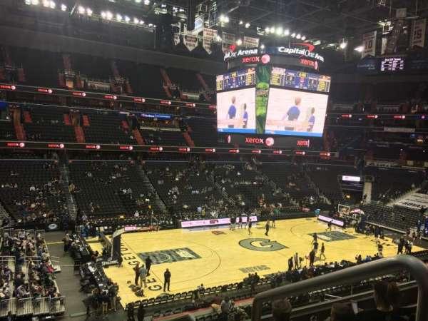 Capital One Arena, vak: 212, rij: E, stoel: 12