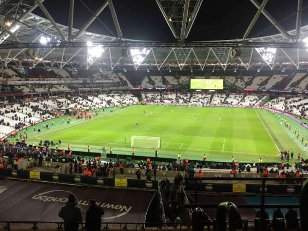 London Stadium, vak: 224, rij: 53, stoel: 812