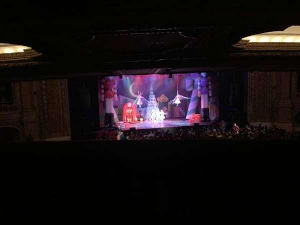 Chicago Theatre, vak: Box Q, rij: 1, stoel: 2