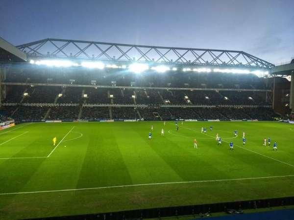 Ibrox Stadium, vak: Bar 72, rij: A, stoel: 168