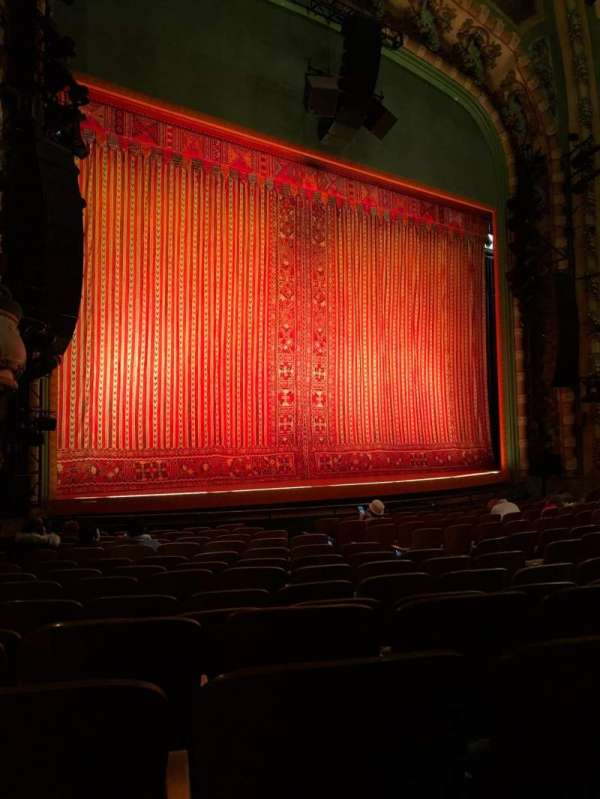 New Amsterdam Theatre, vak: Orchestra, rij: N, stoel: 17/19