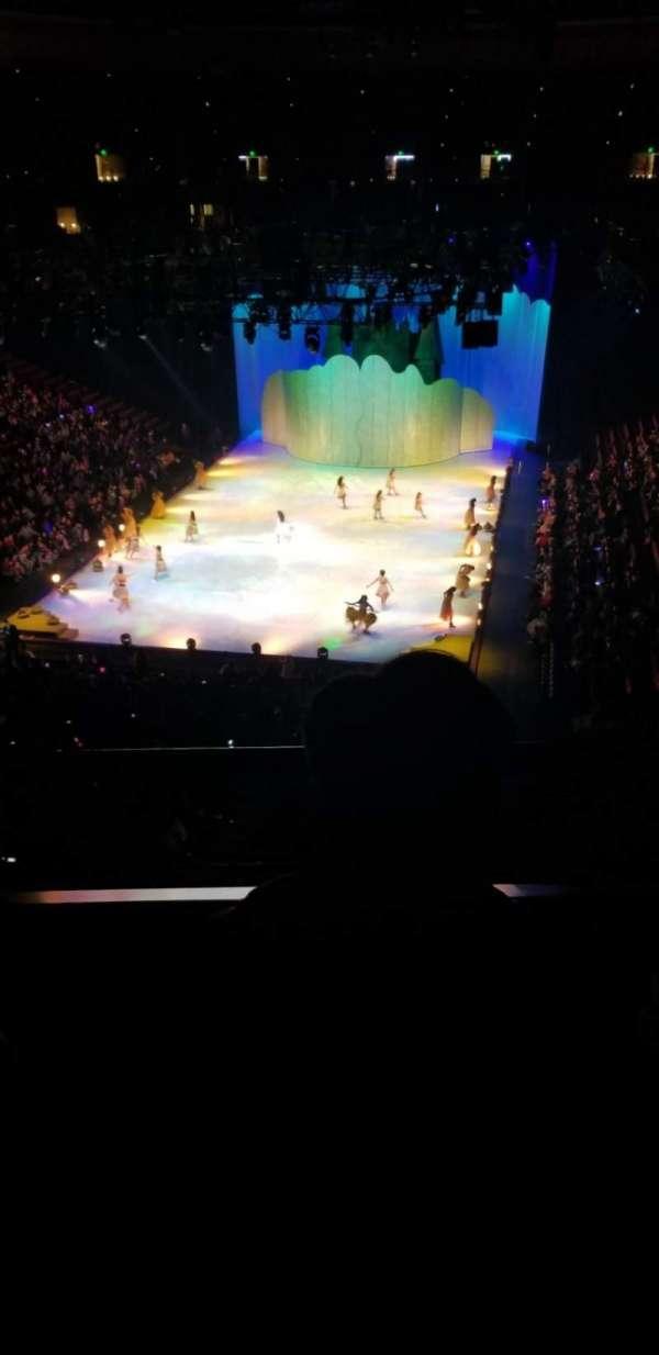 Honda Center, vak: 443, rij: B, stoel: 8