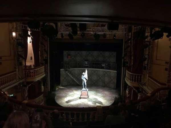 Playhouse Theatre, vak: DC, rij: F, stoel: 13