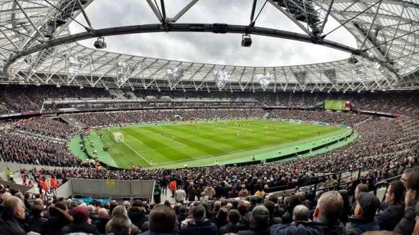 London Stadium, vak: 231, rij: 42, stoel: 598