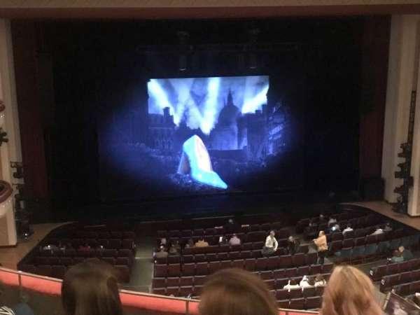 Belk Theater, vak: Mezzanine, rij: D, stoel: 213